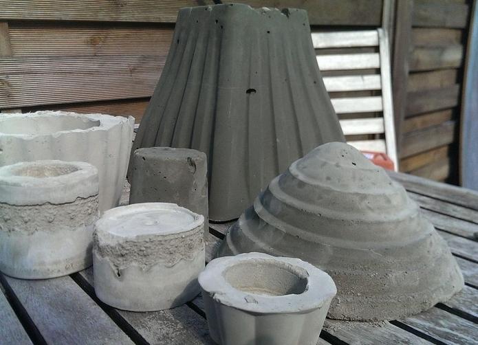 Изготовление уличных вазонов для цветов своими руками из подручных материалов