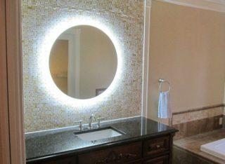 Зеркало с подсветкой в ванную комнату: виды, монтаж