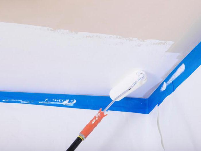 Покраска потолка водоэмульсионной краской. Инструкция для; чайников