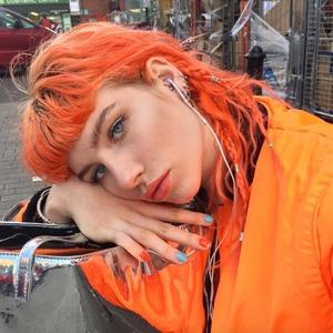 КрасотаИнструкция: Как красить волосы в яркие и пастельные оттенки
