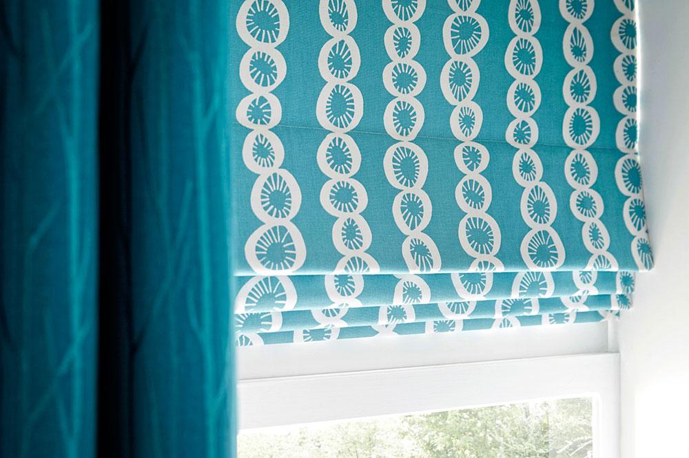 Как сшить римские шторы на пластиковые окна своими руками: пошаговая инструкция с фото