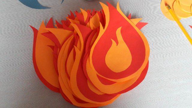 Вечный огонь из бумаги и картона делаем своими руками по подробным инструкциям