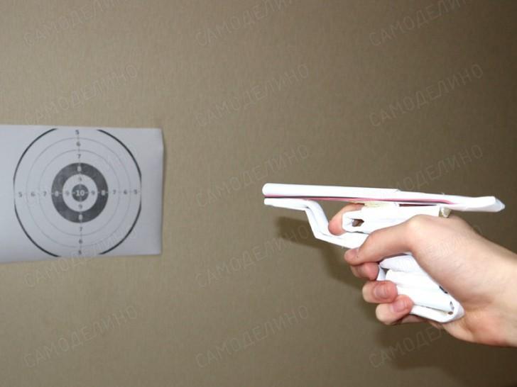 Самодельный автоматический револьвер из бумаги (пошаговая инструкция с фото)