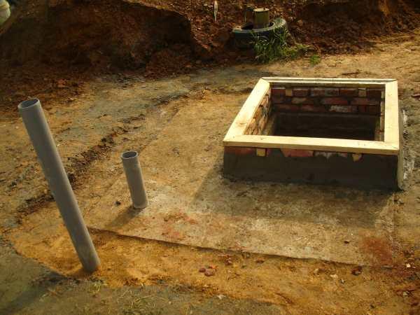 Погреб на даче: выбор места, материала и проекта. Выкапывание котлована, изготовление пола, стен и перекрытия. Устройство гидроизоляции и вентиляции