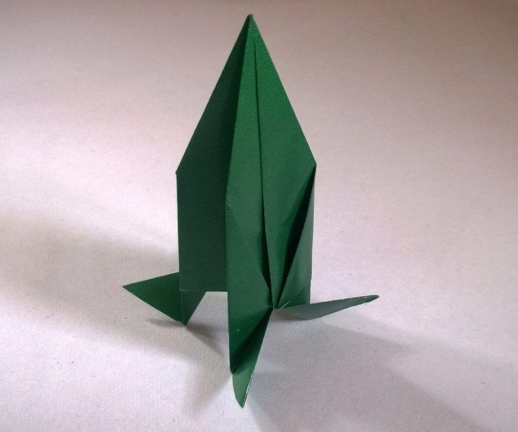 Узнаем как изготовить ракету оригами