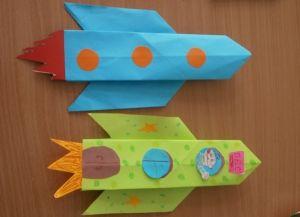 Как сделать ракету из картона