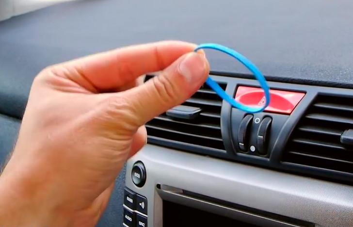 Как самому сделать автомобильный держатель для смартфона