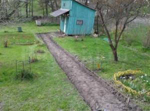 Бетонная дорожка для сада своими руками