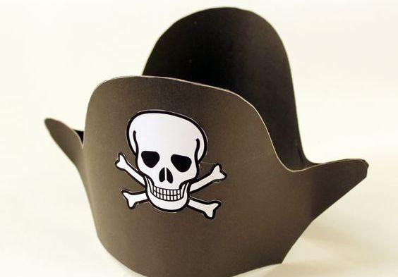 Узнаем как изготовить пиратскую шляпу из бумаги - несколько вариантов