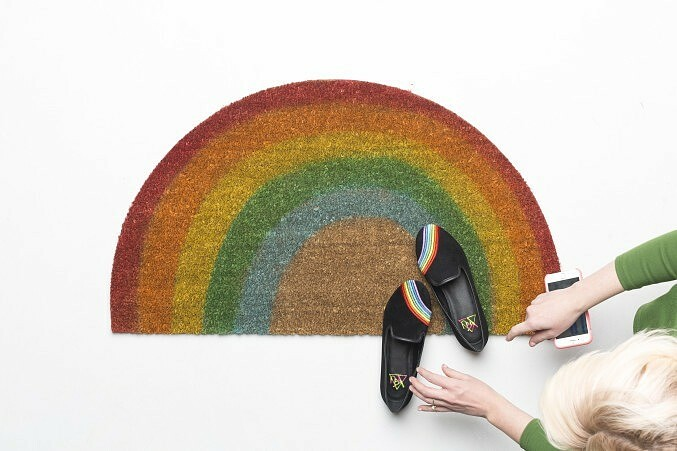 Как покрасить ковёр (и зачем это делать): мастер-классы идеи
