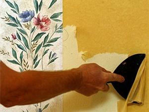 Способы, которые помогут быстро снять старые обои со стен