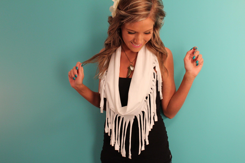 Снуды, платки и шарфы своими руками: 4 мастер-класса и 16 идей