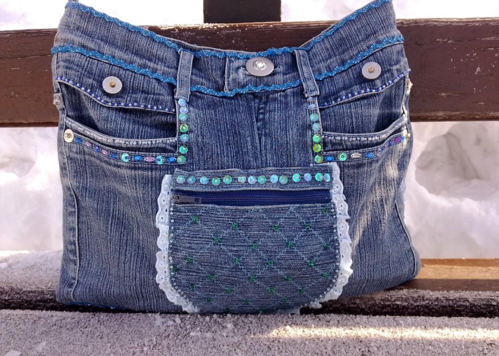 Новые вещи из старых джинсов ( 44 фото)